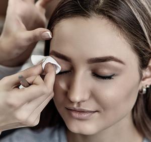 oczyszczanie twarzy Health and Beauty Konin - złuszczanie